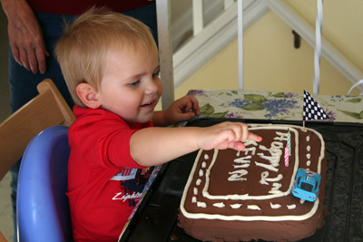 Kevin n Lightening cake.jpg