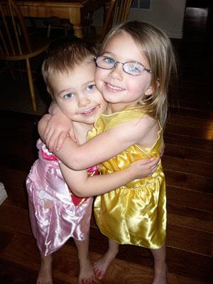 bro-sis-princesses