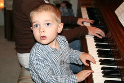 kevin-piano-11-08