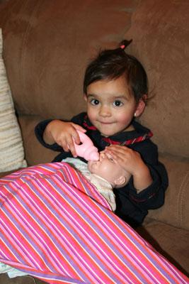 lika-feeding-baby-11-08